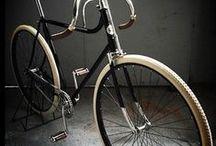 Vintage bicycles / by Dave Wyatt