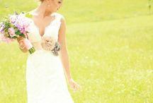 Weddings / by Ally Magdalin