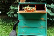 AQUA - TEAL - TURQUOISE - HAINT Ideas for painted furniture / The blue - green colors used on painted furniture.