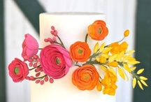 PRETTY WEDDING CAKES / If you want to do pies, cupcakes, or a candy buffet at your wedding, trust me, we'll be best friends. But sometimes a stunner of a wedding cake is just plain perfect.