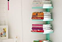 Bookshelves and Reading Nooks / by Courtney Aguiar