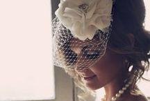 Vestidos - Casamento / by Cristiane Mynssen