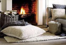 Classic fireplaces / Tante idee per arredare la tua casa con un caldo camino, anche senza canna fumaria, alimentato a bioetanolo. Sul nostro sito troverai tutte le informazioni utili per progettare il tuo camino.  Lots of ideas for decorating your home with a warm fireplace , without chimney , fueled by bioethanol . On our site you will find all the information needed to design your fireplace . http://www.fuocobio.it/2014/06/camini-di-charme-le-cornici-francesi_16.html
