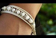 Svet korálkú / Nástenka je o výrobe šperkov
