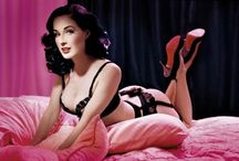 Cute Pin-Up Style