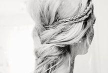 Styling: Hair + tutorials / by iliana Guzman