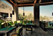 Zighy bars / Lounge by the pool or on the beach and quench your thirst with a refreshing mix of mocktails and juices.