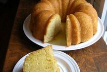 Cakes Bundt / by Debbie Stevens Heazle