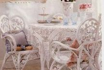 Addicted to White Wicker / by Barb Triplett-Brown