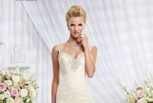Wedding Dresses / Wedding gowns from the hitched.co.za bridalwear section