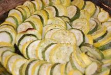 Side Dish: Veggie Recipes / by Lissa Margaret