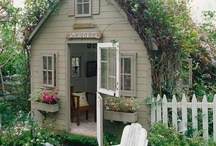 Small Spaces and Small Homes / by Brigitte Besner