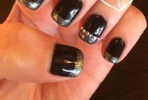 NAILS <3 / by Rochelle Riggins