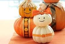 I love to fall/Cute halloween / Fall decor and adorable halloween ideas