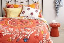 Sewing: Modern Quilts / Modern quilt inspiration - whites & brights and great patterns