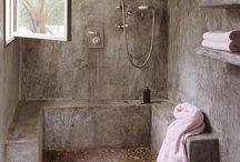 Bathroom / Cool bathrooms...J