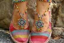 I am still at <3 a little bit Gypsy/Hippie <3 / Heritage, Colour, hippie, wandering, caravans