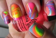 Nails / by Heather Botzko
