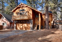 Cozy Cabin Retreats / There's nothing like spending time with family drinking hot cocoa around the fireplace! Browse through these great cabins  from our site!