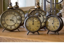CLOCKS / by Joann Drescher