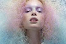 Hair: Grow Out / by Caroline Af Småland