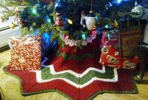Crocheting for the Holidays / Crochet patterns and ideas for Christmas  / by Monika Farmer
