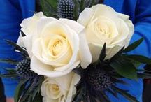 Cream Flowers / Cream flowers compliment most other flower colours and used on it's own look ultimately chic and pure. For cream wedding flowers, take a look at what we have created in the past.