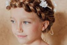 Couronnes // Crowns / Ce tableau contient une sélection de nos couronnes de fleurs pour parfaire la tenue de votre cortège. // This board contains a selection of our crowns of flowers for perfect your kids outfit.