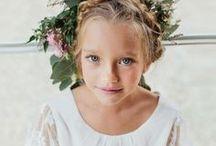 Bohème // Boho / Look bohème, dentelle et macramé. Découvrez nos tenues bohèmes pour enfants d'honneur. // Boho style for beautiful flowergirl and page boys for wedding and christening events.