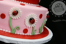 Cakes and Cupcakes / by Jessica Ochs