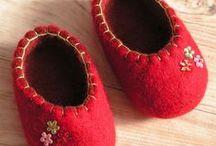 Wet felt - slippers, mittens, gloves