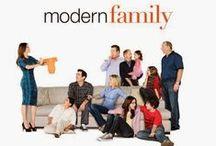 TV: Modern Family / by Amanda Vanis