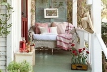Farmhouse Chic / by Michele Yates {The Homesteading Cottage}
