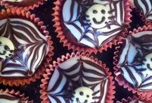 Halloween nosh / by Nikki Golesworthy