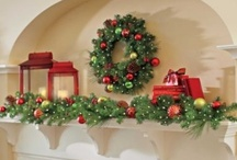 Christmas Decorating Ideas / Christmas decorating ideas that inspire us! Decorating a fireplace mantel, hanging stockings, unique Christmas decorations for inside the home, displaying ornaments and more!