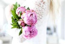 {wedding}  florals