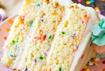 DESSERTS / cookies, cakes, bars, chocolate, lemon, lime, sugar, parfaits, tiramisu, cupcakes, dump cake, ice cream, ice cream cake