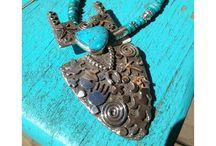 Jewelry Natives / http://jewelryladyredriver.com