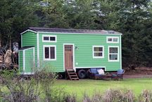 TINY HOMES / Tiny homes living and inspiration. Tiny homes, small homes, cottages, house plans, decorating a tiny or small home.