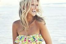 Summer lookbook and inspiration / Summer clothes, hair and makeup. Sunnies, swimsuits, hats and beachy hair!