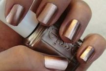X nails X