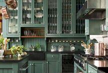 Kitchens / by Linda Martinez
