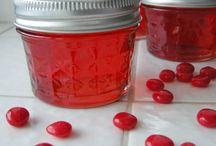 Canning/Freezing/Drying Foods / by Linda Martinez