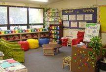 Colorful Classroom Decor Ideas / Classroom color is a major interior design element which impacts student achievement, teacher effectiveness and staff efficiency. Research has demonstrated that specific colors and patterns directly influence learning. Use of color coordinated products can also be used to organize your classroom.