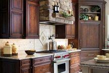 Kitchen / by Jennie Bridgeo