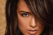 Hairstlyes / by Elizabeth Frey Hughes