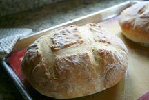 Bread/Biscuits / by Angela Schultz