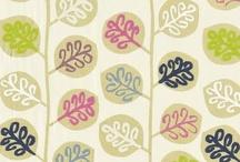 arredamento casa: tessuti e carte da parati - wallpaper - / tessuti floreali, carte da parati, ambienti di fascino con  http://www.bbdistribuzione.it