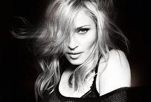 Madonna / by María Go