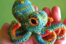 Knit Wit / by Jenny Sutherland